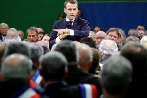 2019-01-15t162410z_1983816037_rc1a0bbfe700_rtrmadp_3_france-protests-macron-debate_0