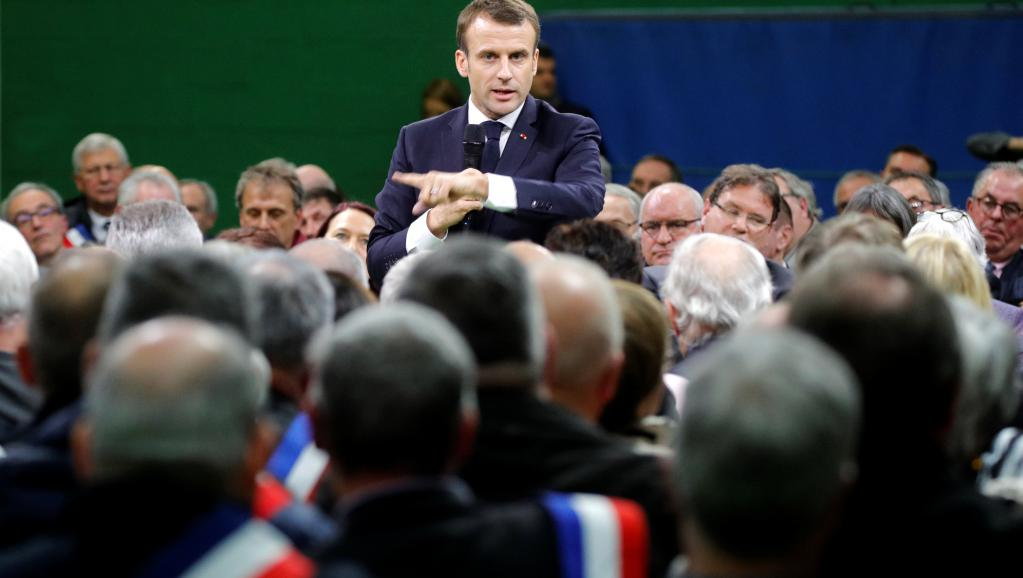 2019-01-15t162410z_1983816037_rc1a0bbfe700_rtrmadp_3_france-protests-macron-debate_0